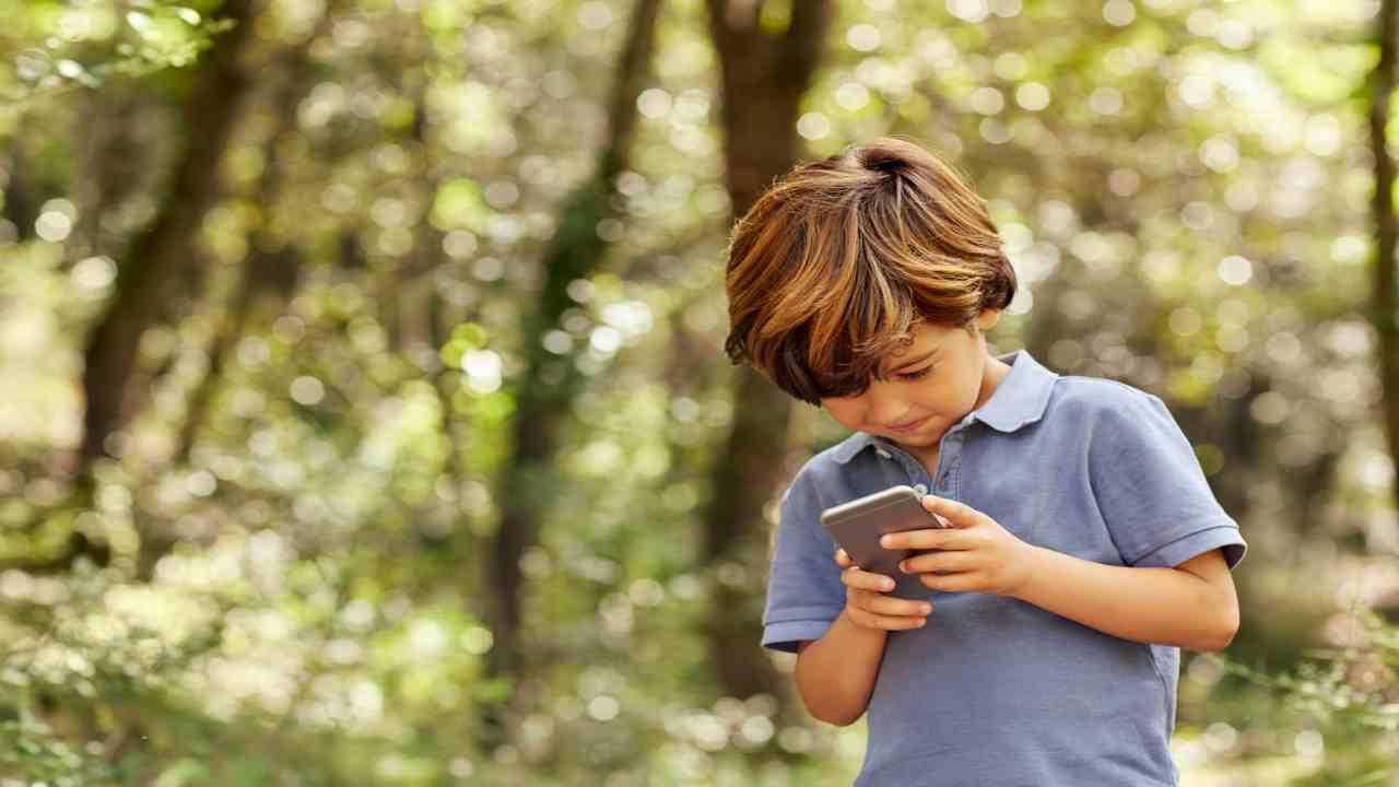 app espia menores de edad