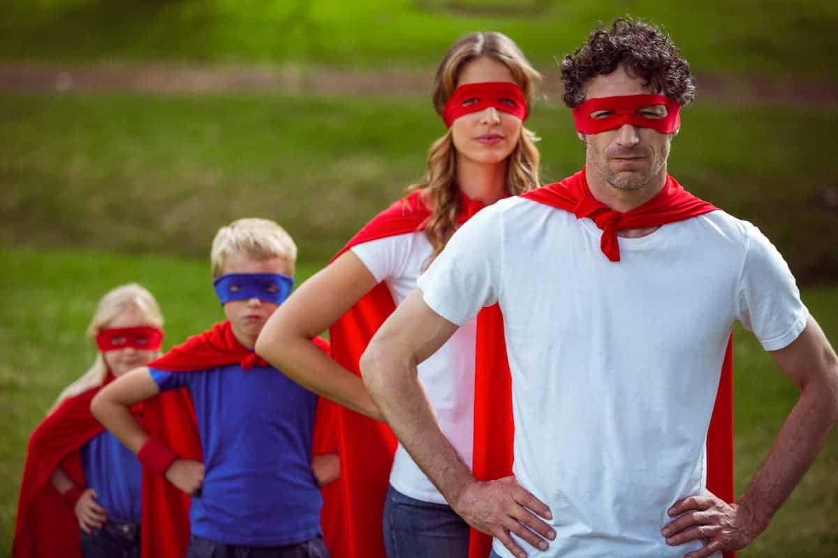 padres heroes hijos
