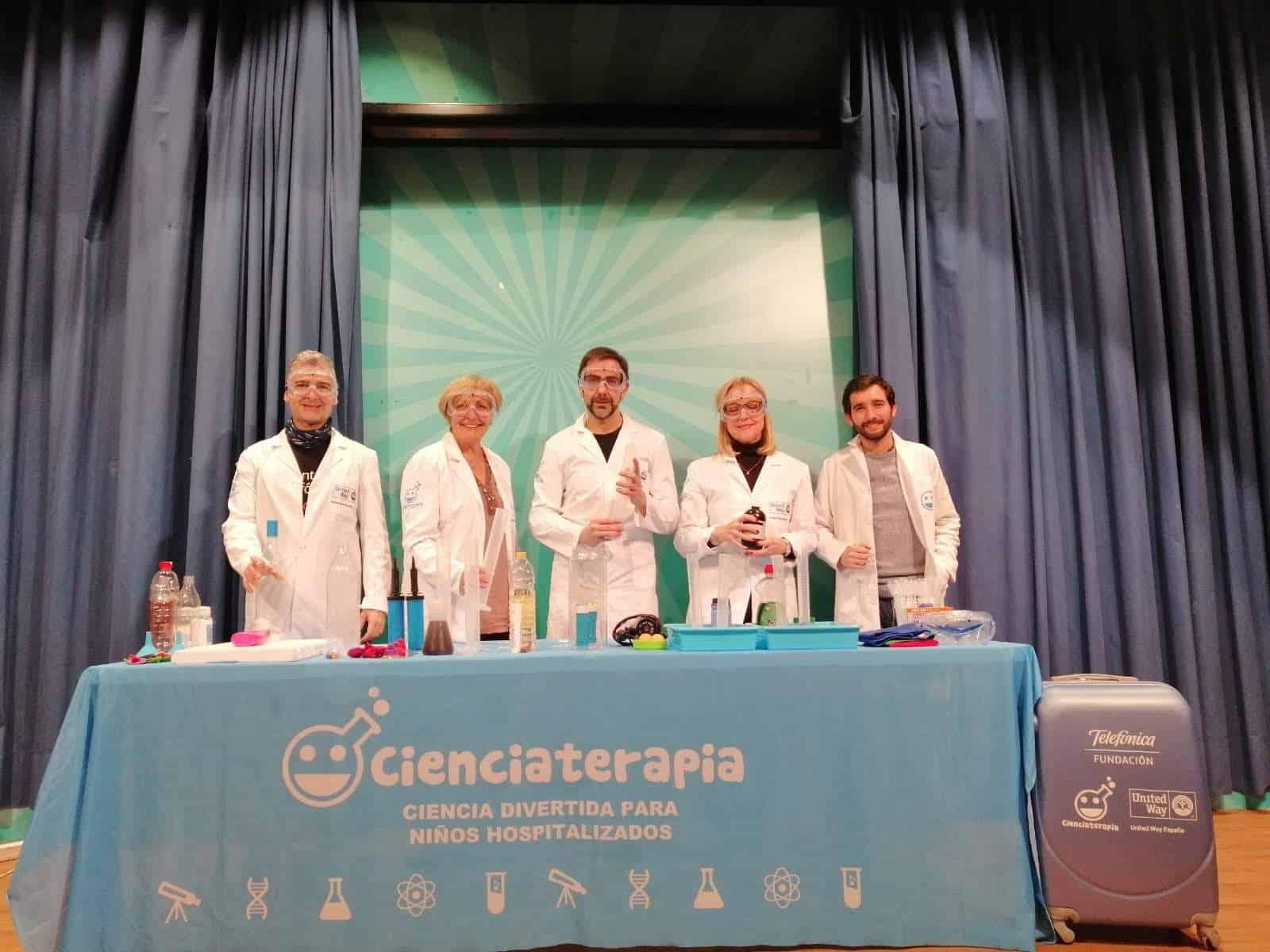 united way ciencia para ninos hospitalizados