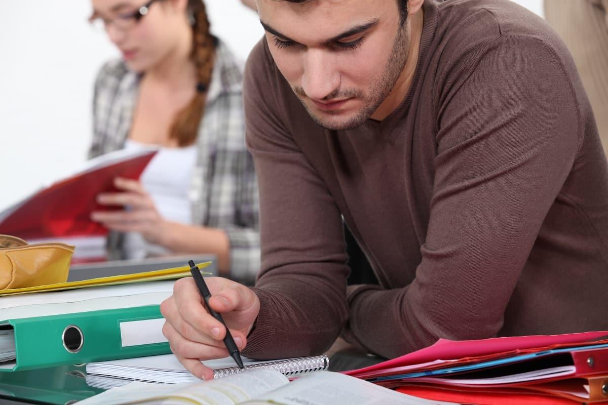 cursos de postgrado y master