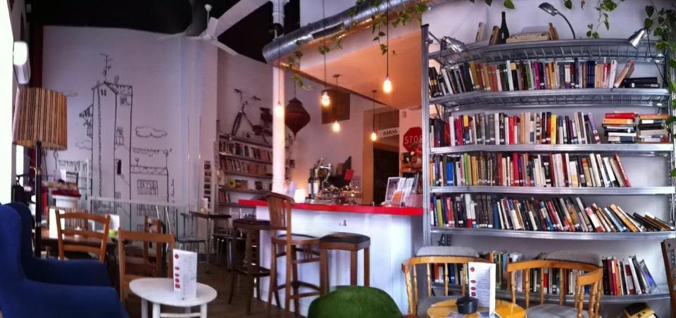 la infinito cafeteria librería madrid